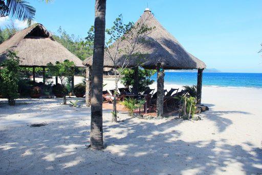 Du lịch Nha Trang ghé thăm bãi biển Nhũ Tiên